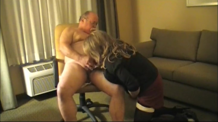 TAMMY FELLATRIX SERVICES A SMALL DICKED not dadDY X Sexy Video Free