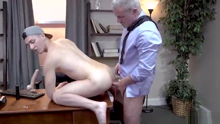 Daddy and boy threesome Sweden girl fuck in office