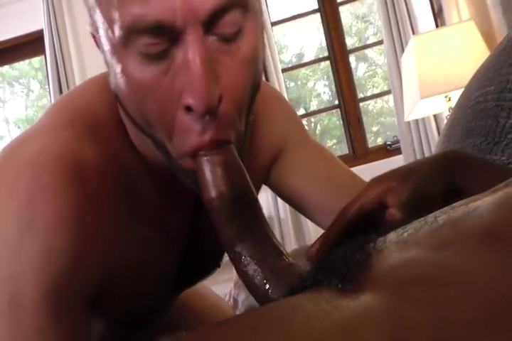 Pool-side sex session ends in the bedroom Xxx H P Sex Video