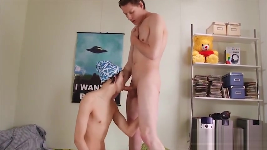 His bareback twink hole gets plugged! Rate my gang bang