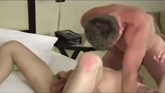 Hans Berlin and Partner Bobbi star anal threesome