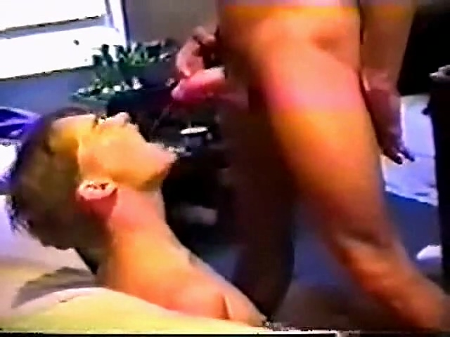 Young slave-boy pissed by=CCC Women who wanna fuck in Dubasari