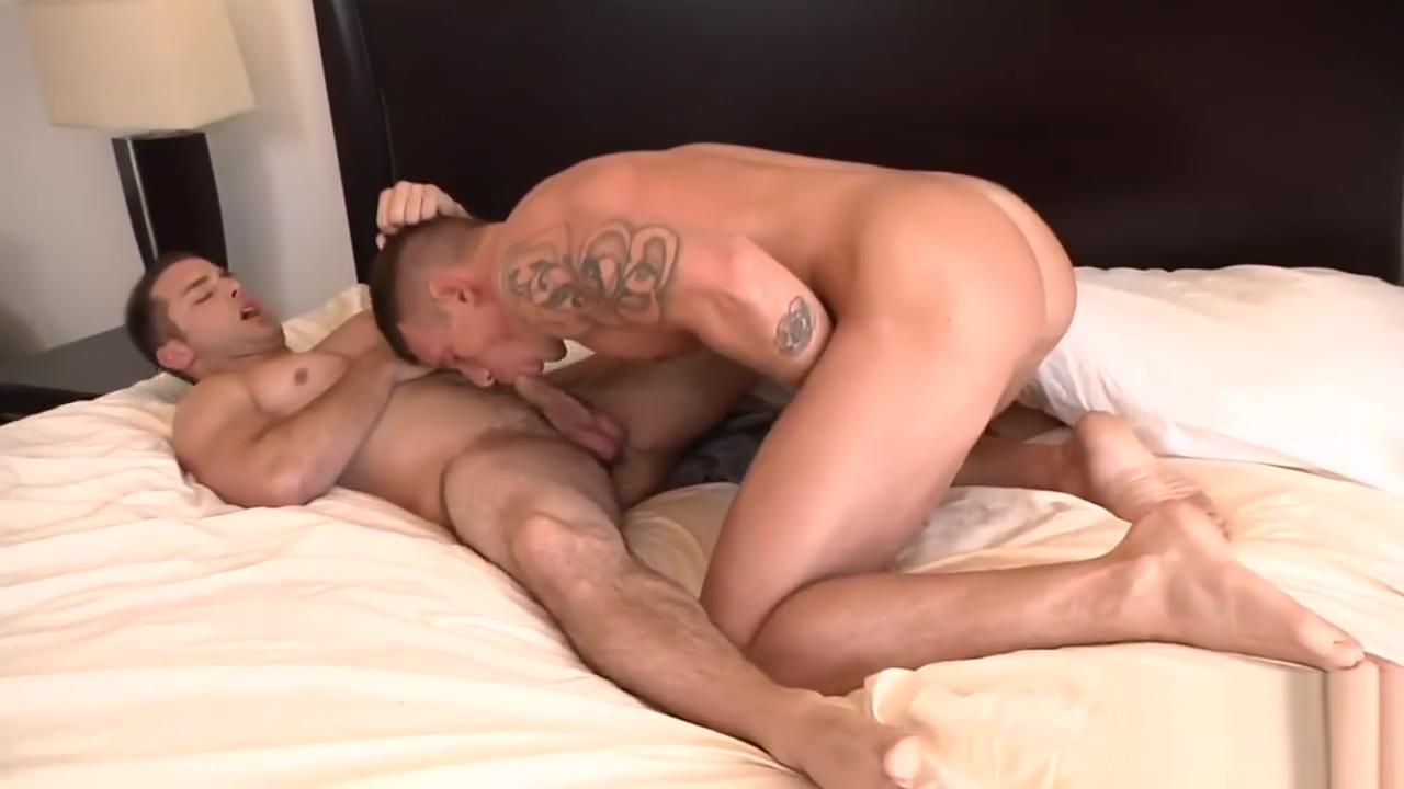 Rowan & Tanner Older men anal vod ppv
