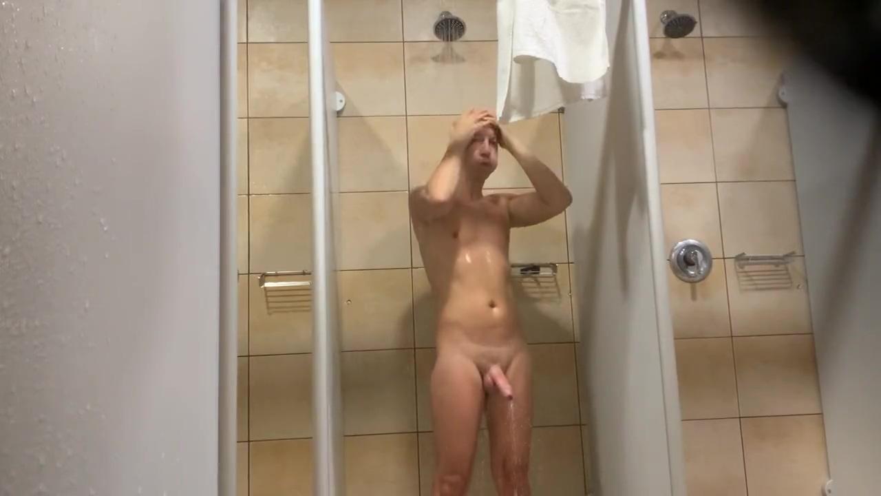 Gym shower i know that girl.com