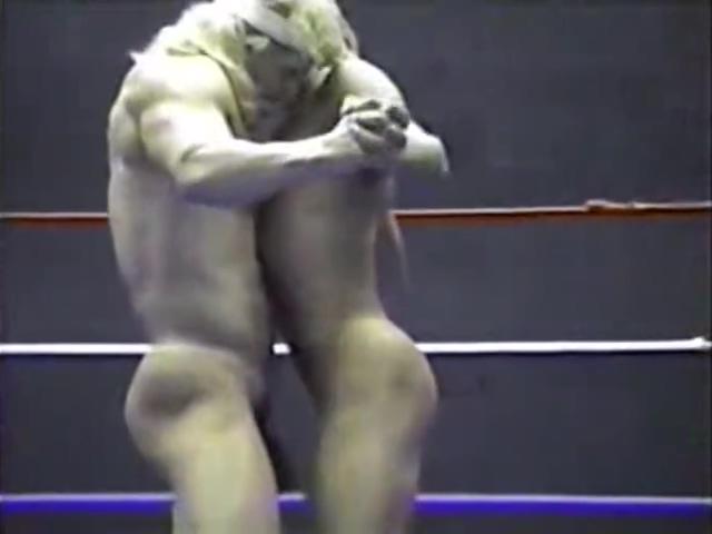 Jimmy Dean vs. Thor Miami vice bikini