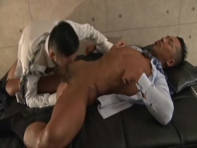 Japanese Muscle Daddy Fucks Co-worker! Amateur women asshole