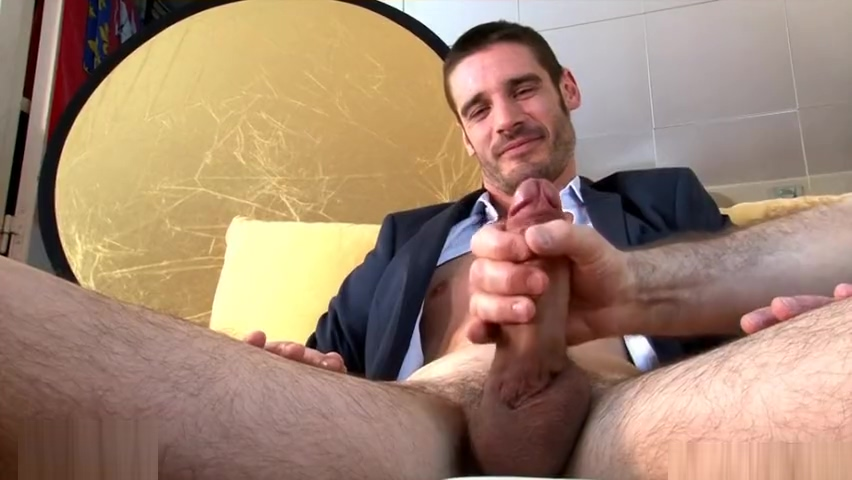 str8 Sale agent gets wanked by guys in spite of him Beautiful sexy xxx women