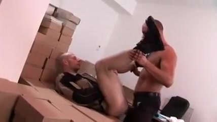 Buerohengste penetrating tight asian pussy