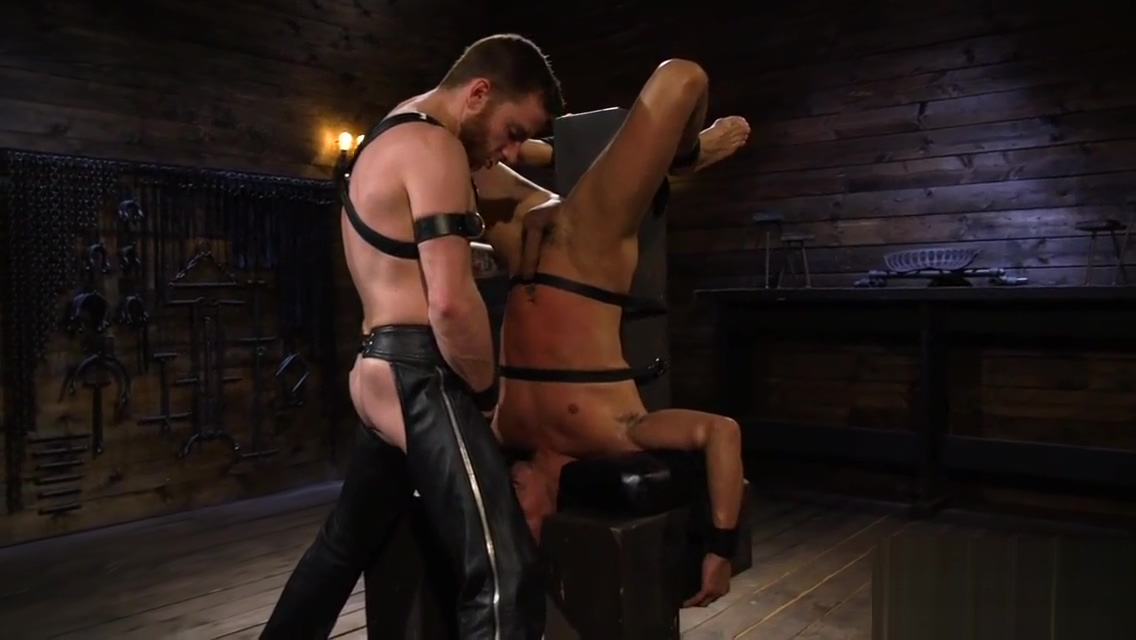 BDSM submissive facefucked by maledom Nike shoe sex