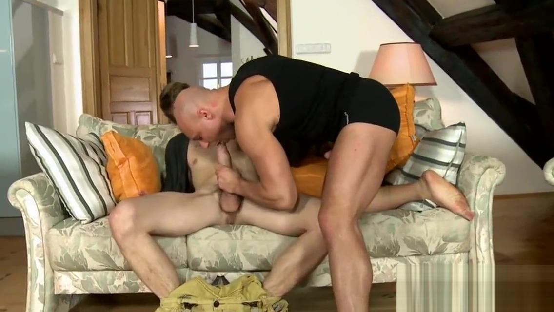 Hunk homosexual porn Free massive gay cock porn videos