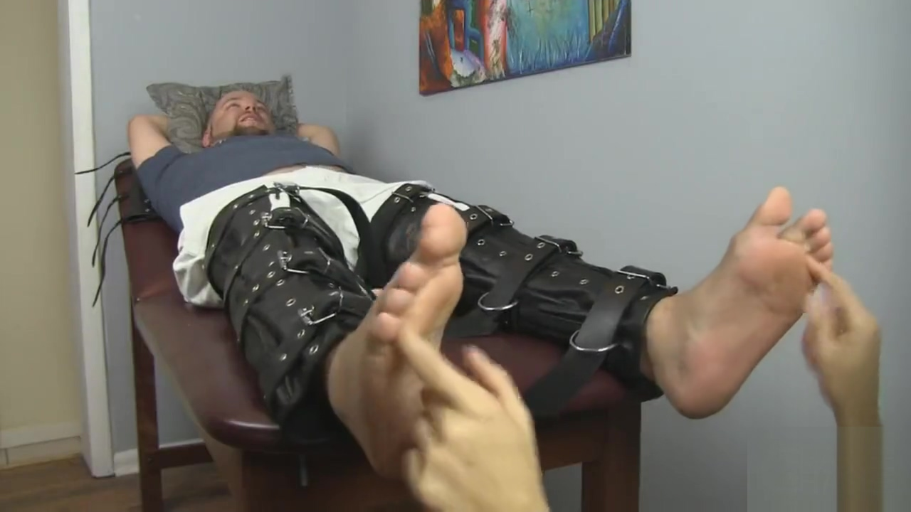 Bald man feet tickle tormented free gay live sex video chat