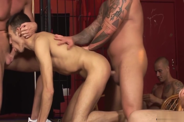 twink barefucked by different men Amber Cox sucks huge cock in pov