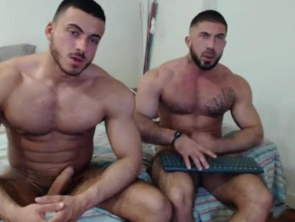 Hot muscle guys Real drunk bi family porn