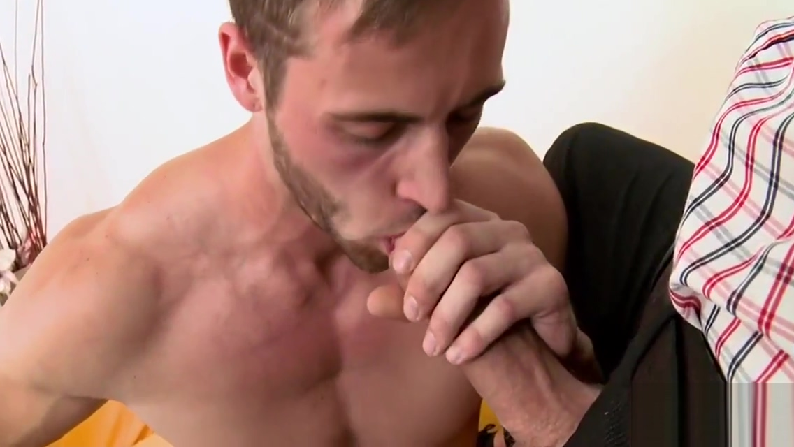 Homo giving a kiss porn anal amature cock ass getting
