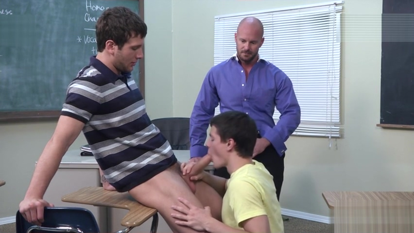 Big dick gay threesome with cumshot How to get a woman interested in sex