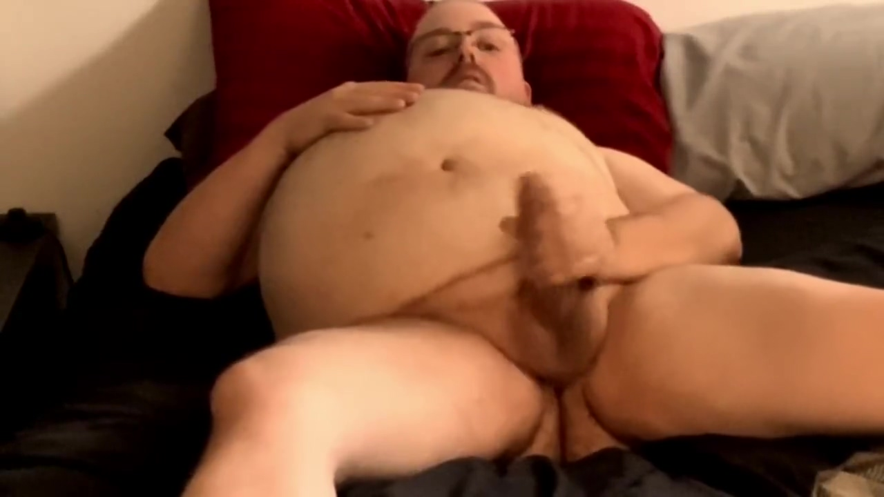 FAT BIG-BELLIED BEAR STROKING NAKED IN BED Fish4hoes delete account