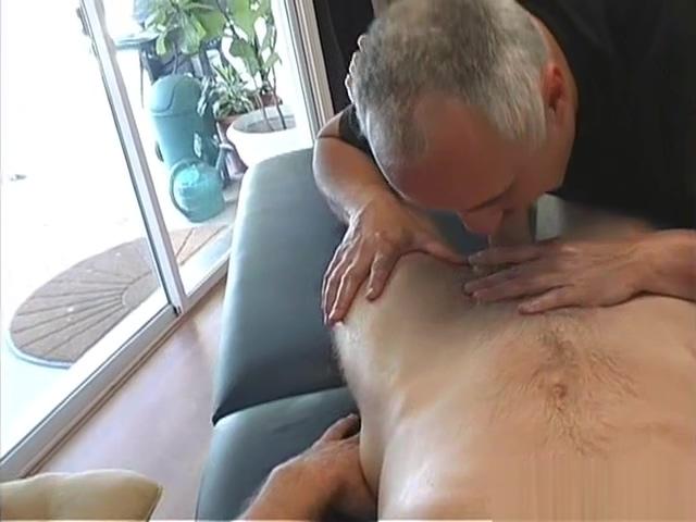 Cameron Has An Intimate Massage Russian Lesbian Love