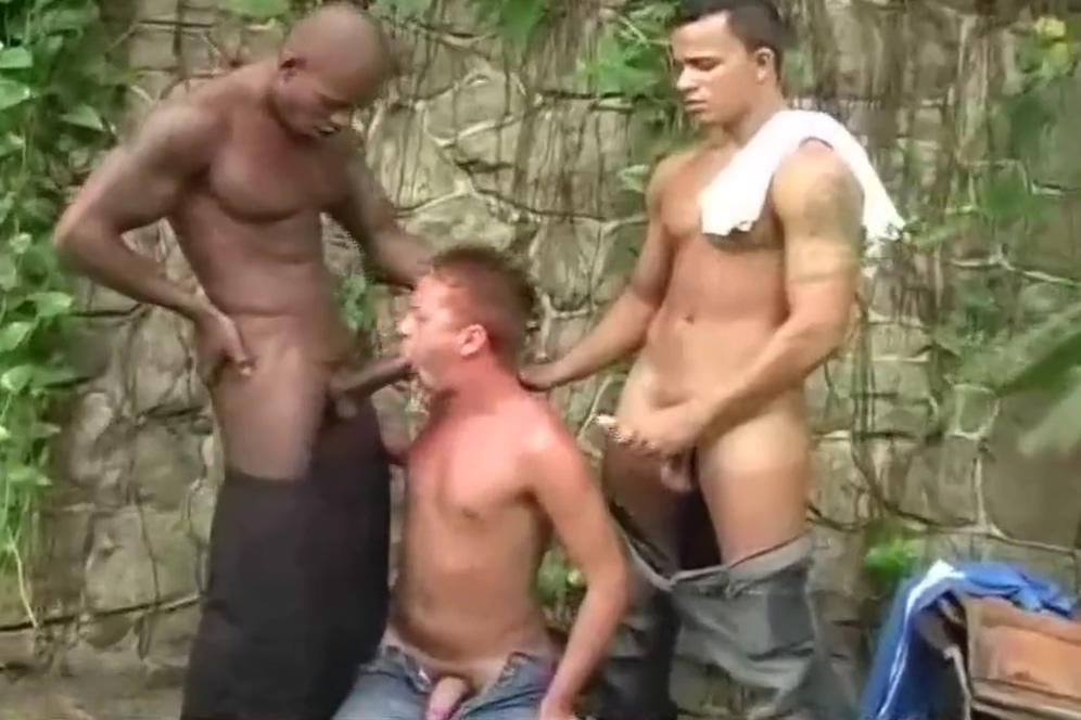 Jungle Party Mature fuck homemade