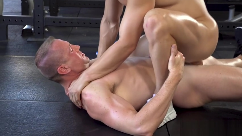 Blonde cute boy fucked by mature gay dude between the ass crack