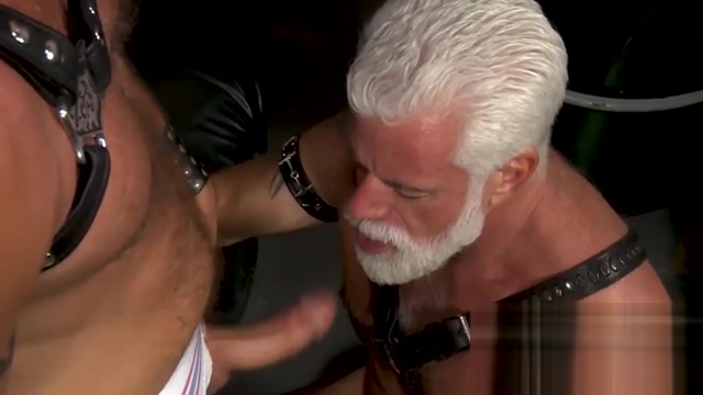 White old man fucked by muscle guy in the garage indian porn video clip free