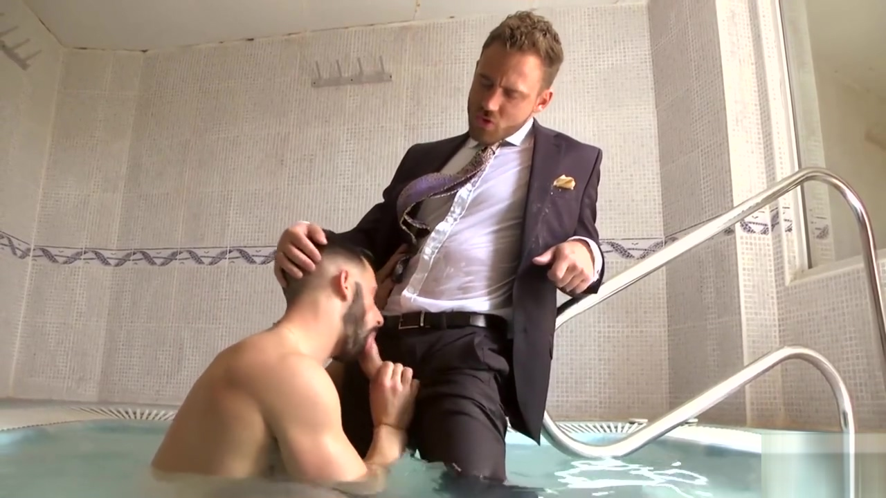 SAUNA SLUT WHORES gay gives straight guy a blowjob