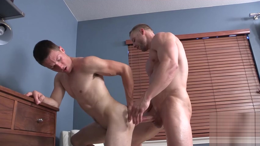JACK COLE Strippers and lesbians at amateur CFNM party