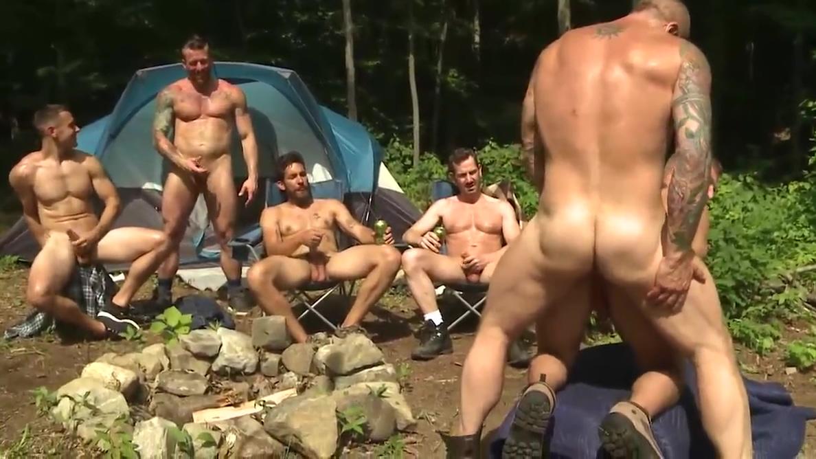 Orgy 20 Blonde sucks bukkake