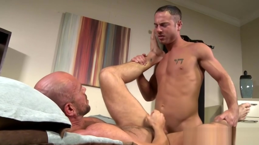Gay hunk gets ass rimmed and fucked Hot milf blowjob and swallow