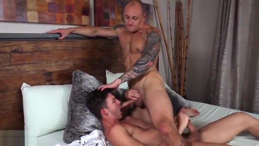 HS-Blake Mitchell, Logan Cross, Colton James, Sean Ford Hot lesbian tits having sex