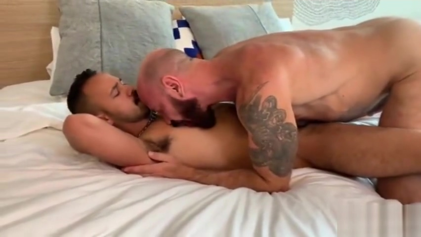 Gus Kruger Tops Dev Tyler Asian Girls Kiss