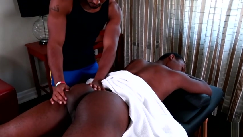 Beefy black athlete anally drilled by masseur megaupload golden boy gay
