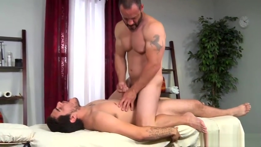 Injured Jock Dicks Hot Daddy Masseur On Massage Table Cara maria real world wiki