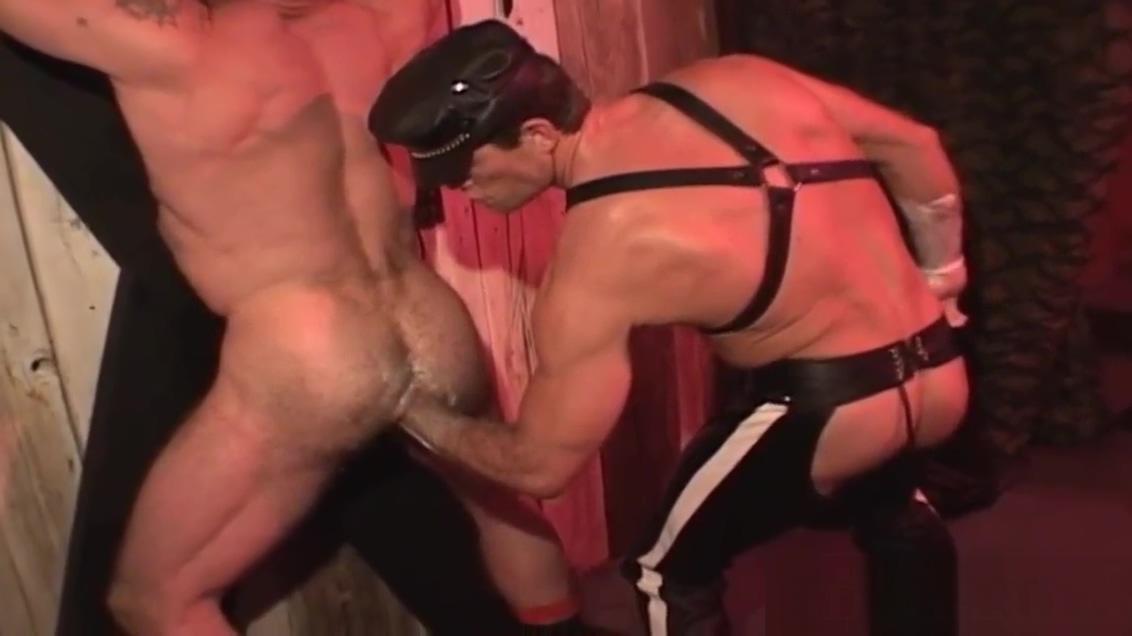 Gay group suck and fist airi mashiro gives a sensual blowjob