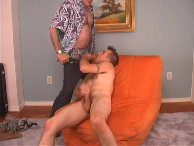 Str8 Guy Gets Fucked son and mom blowjob