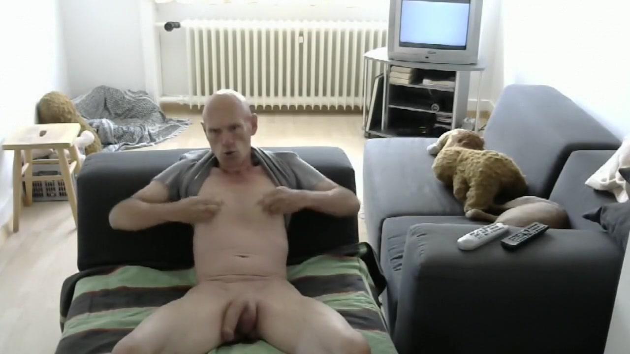 Str8 bald mandy play in livingroom Hair rollers bondage