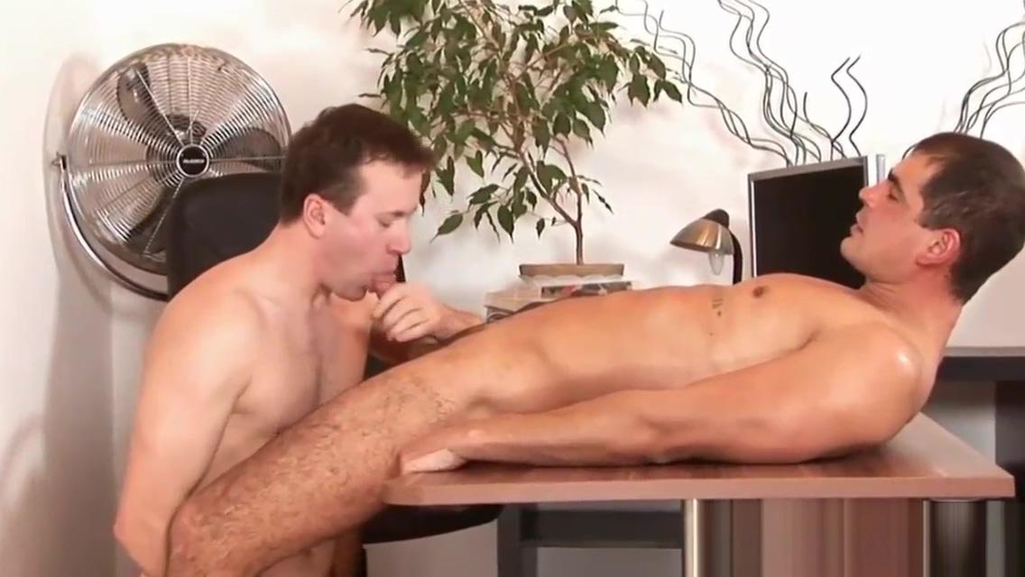 Boss barebacks employee milking penis in korean massage parlors