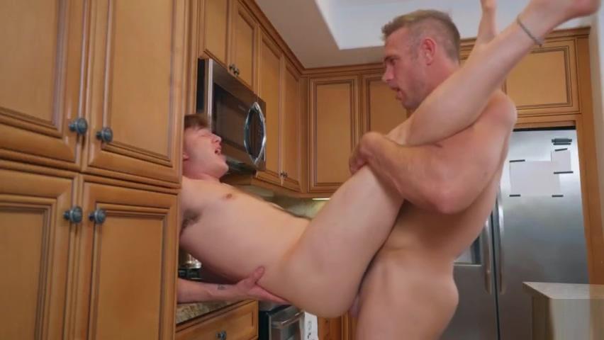 Grilled Bareback Alex Mecum, Zander Lane big dick banging classic porn star 2