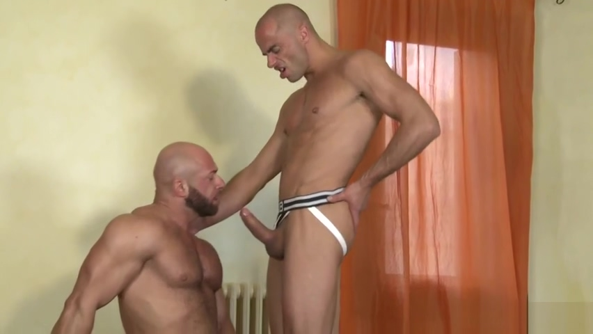DIEGO SUMMERS ALEX BERG - JOCKS - KB Nude wife natural bush