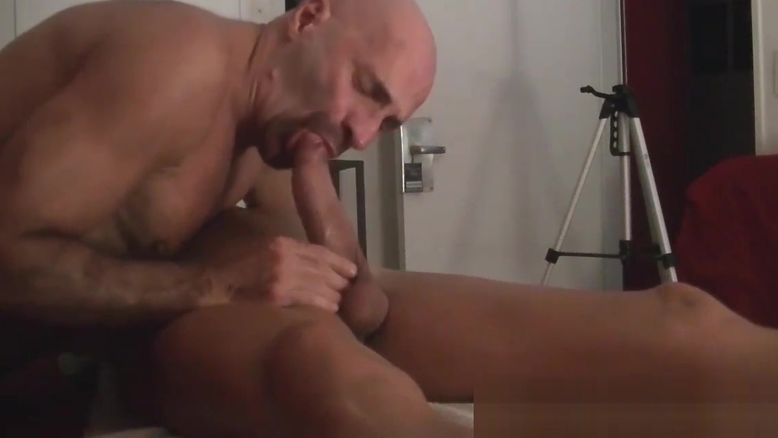 DEEPTHROAT BLOWJOB BIG COCK IN NAKED MASSAGE by Nudemassage Teen naked gilfrend fotos