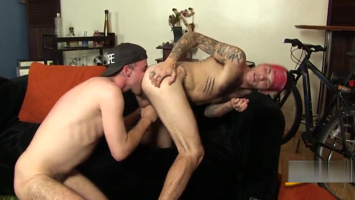 Rimming hunk rawdawgs ass dont come in me daddy