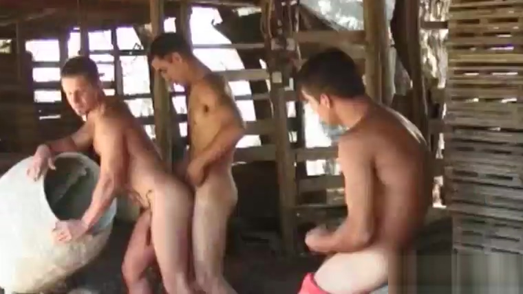 Latin Gay Threesome Outdoors we dy summers cumshots