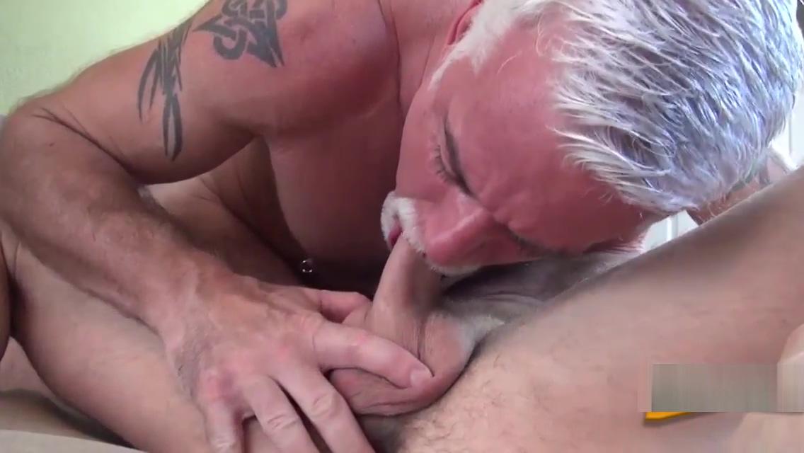 Silver fox barebacks stud guy anal hard xxx slut