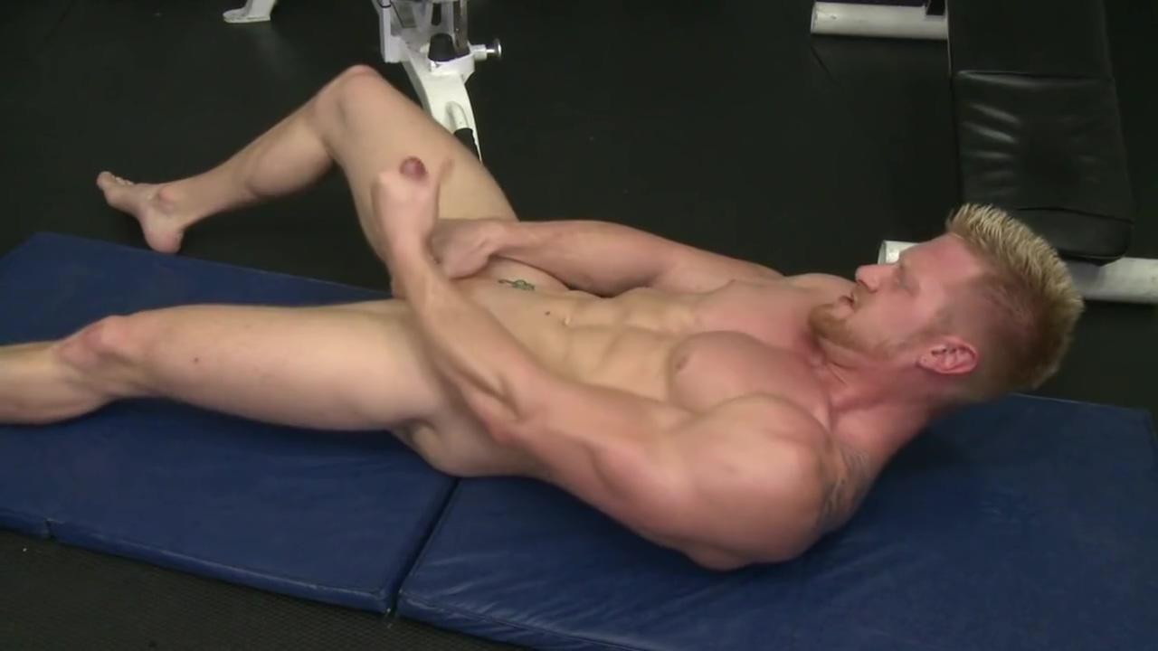 Maxer From RandyBlue . Com Whiteghetto hairy blonde milf gangbanged