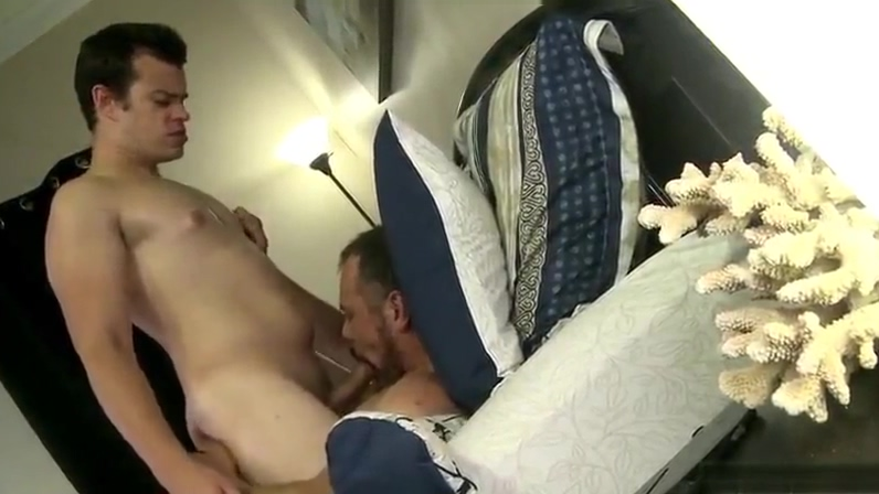 Max Sargent and Jason Barr hot pussy and tits