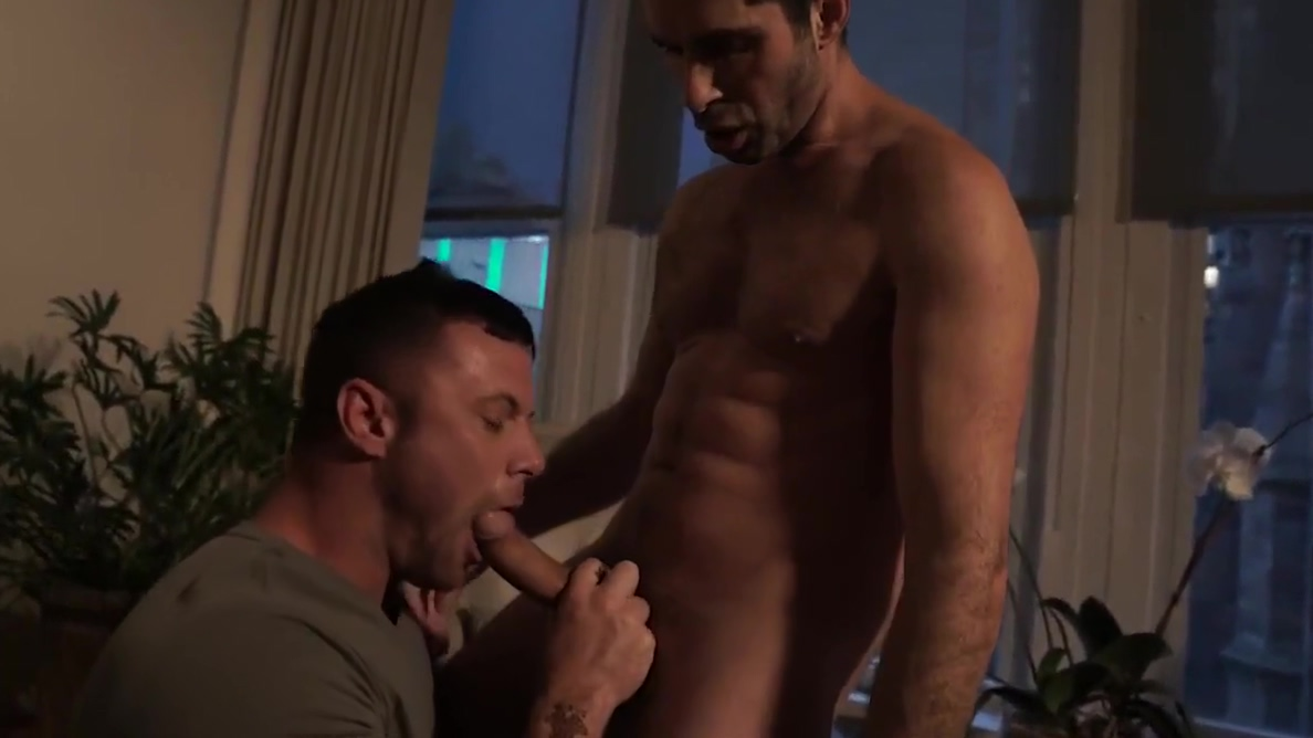 Michael Lucas and Sergeant Miles Travesti 50 hora en Madrid