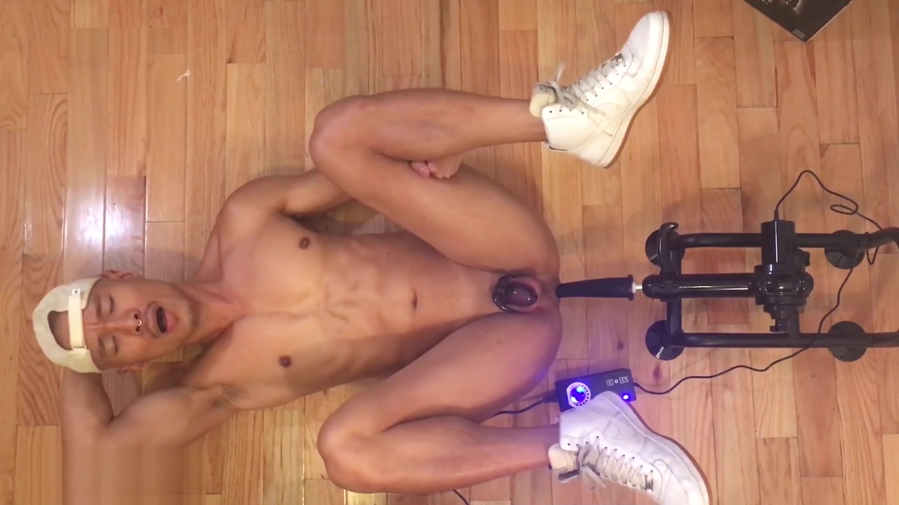 GETTING FUCKED BY A DILDO MACHINE FROM 665LEATHER Forced Experiment