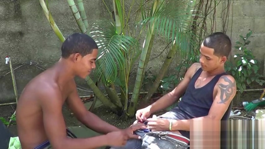 Bare-assed Latin twink blows his buddy in the sun What to do when hookup an alcoholic
