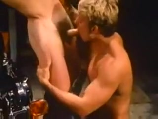 Jack Wrangler In the Garage - Vintage BB Rich Wife Fuck