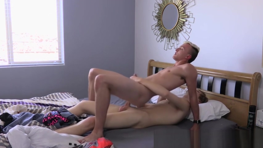 Skinny twink Justin Underwood barebacked hard from behind Erotic couples having sex