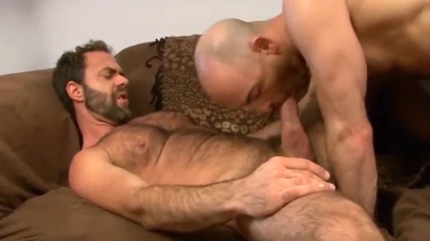 Sexy bear bones tight ass Slut Sex in Ambriz